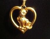 Vintage gold cat necklace / Avon pendent