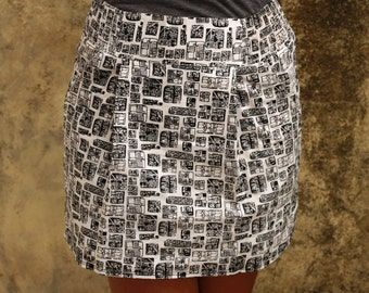 Black and White Abstract  Mini Skirt with Two Pockets