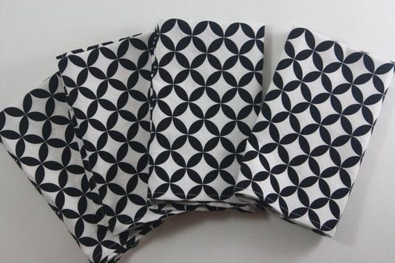 set of 4 100% cotton napkins in diamond eye