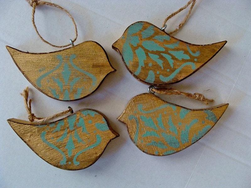 Handmade rustic vintage look holiday wood bird ornaments set