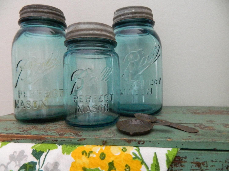 antique blue ball mason jars with metal lids by vintagenancy. Black Bedroom Furniture Sets. Home Design Ideas