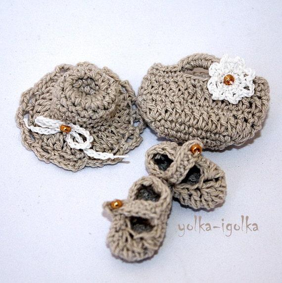 Crochet Appliques. Hat, bag and shoes. Gray, natural