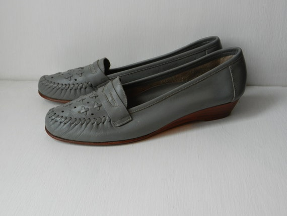 Vintage Womens Loafers- Shoes size 8- Vintage Flats- Slip On's