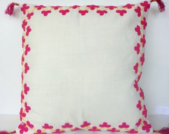 Housse de coussin bohème gypsy Indian bohemian cushion flowers embroidery boho home deco