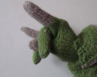 Dinosaur Gloves Knitting Pattern : PATTERN: Batman Gauntlets/Bracers/Wrist warmers Knit and