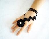Crochet ring whit pearl, bracelet, necklace, unique design, black ring, two piece