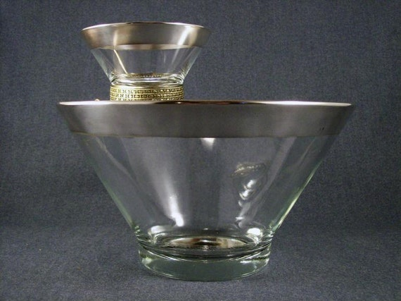 Silver Trim Chip and Dip Bowl Set