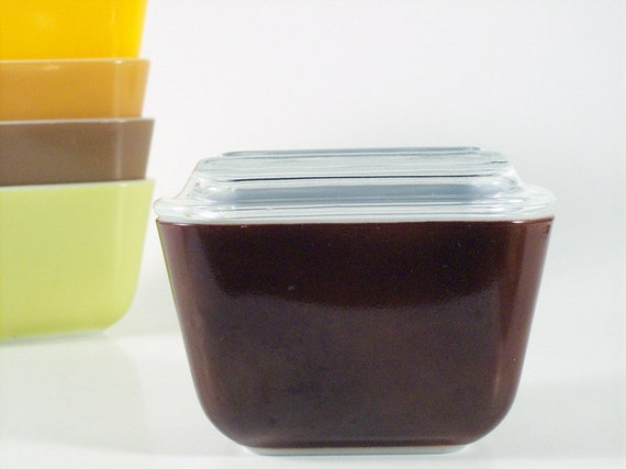 Pyrex Refrigerator Jar, Refrigerator Dish