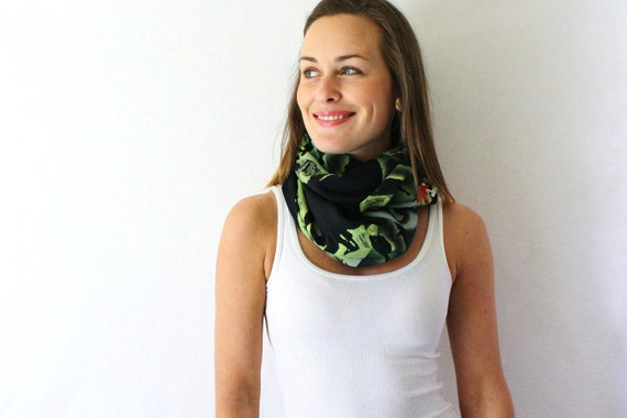 Up-cycled Black Circle Scarf- Che Guevara - Black and Green Scarf - Fall Fashion - Infinity Scarf - Loop Scarf
