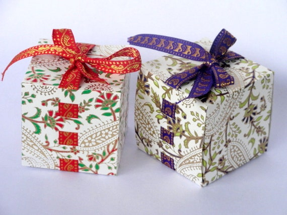 Black Friday / CyberMonday SALE Collapsible Favor Box & Gift Box with Ribbon - Set of 5 assorted Sheets