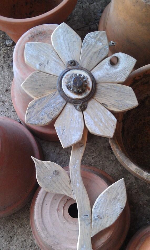 Reclaimed Wood Flower Rustic Wall Decor Rusty By