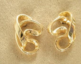 14 Karat Gold  Ribbon free form earrings