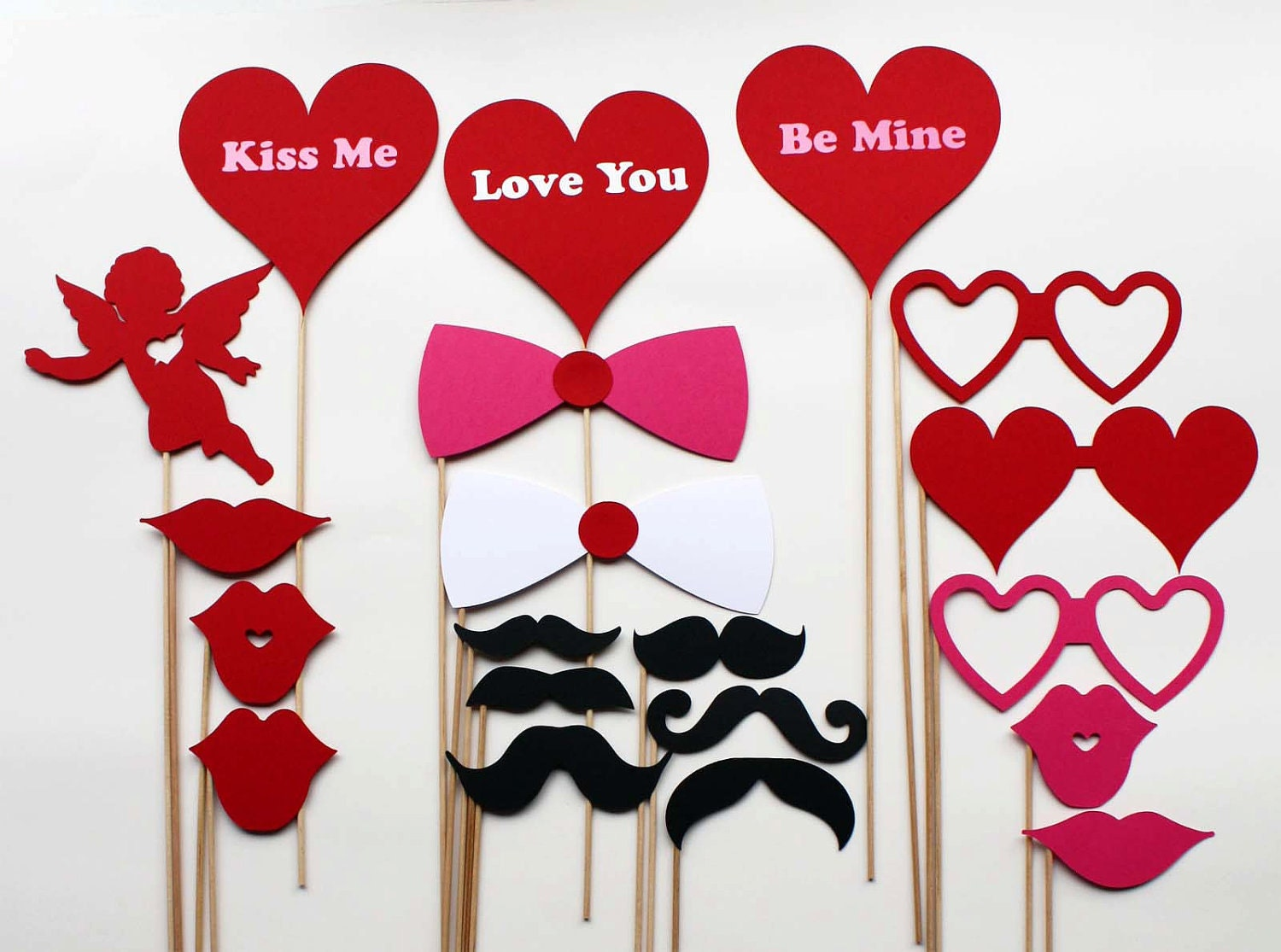 Items Similar To Valentines Day Photo Booth Props 20 Piece On Etsy