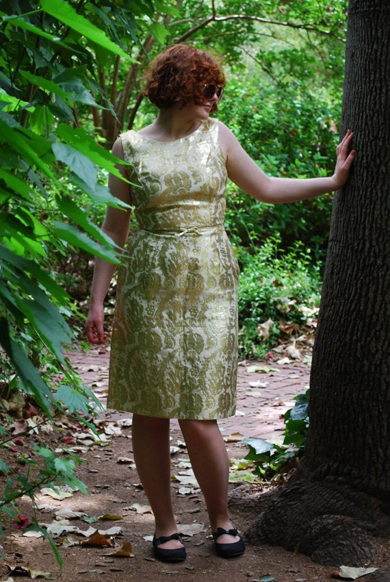 Amazing 50s Dress with Gold Metallic Floral Motif