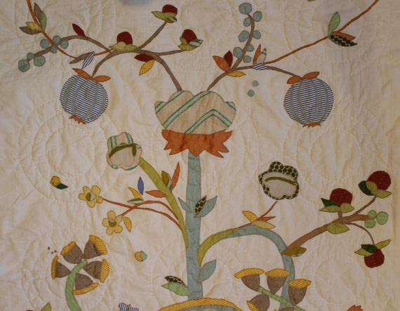 Applique and Patchwork Tree Quilt, machine appliqued with hand quilting