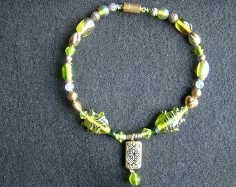 10 off  SALE - Sea Green Fish Beads - Beaded Anklet - 11 inch - Summer Fun SALE