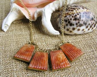 Marbled orange glass pendant vintage necklace