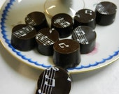 Glamour Chocolate - Musical Notes and good dark chocolate-high quality, refined taste