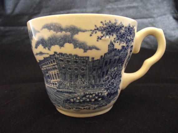 EIT LTD English Ironstone Pattern 33 Blue and White Cup, Hampton Court Palace