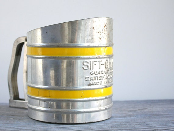 Vintage Hand Sifter - Sift-Chine Flour Sifter - Yellow and Steel