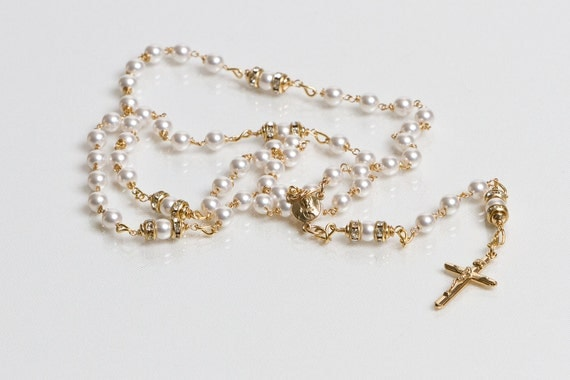 Pearl and gold rosary - baby