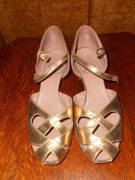 Golden Goddess - Vintage 1940s Gold Evening Shoes UK 6/ US 8