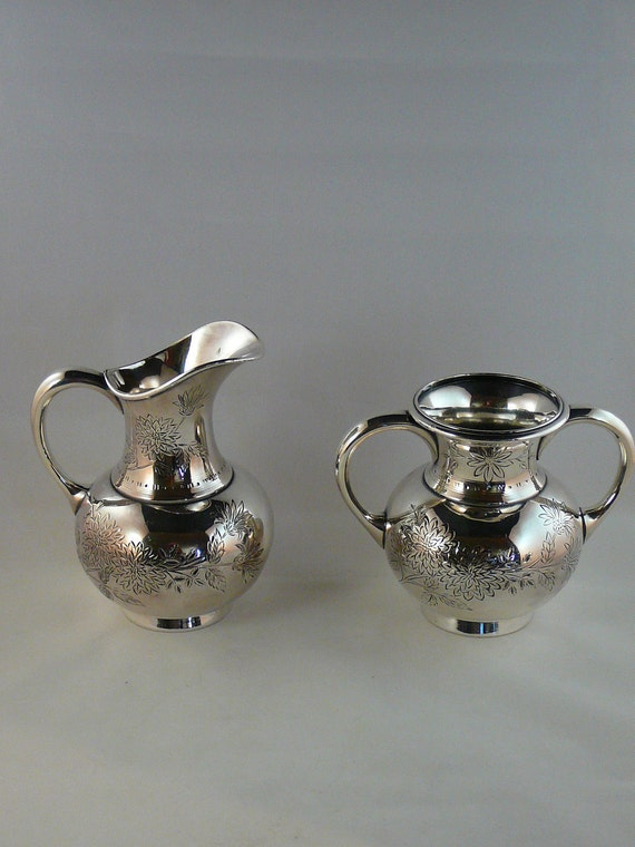 Meriden Silver Chrysanthemum Sugar Bowl and Creamer Set