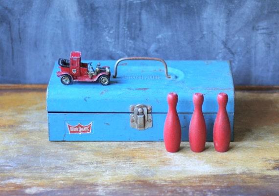 Vintage Bernz-Omatic Propane Kit Tin Box Blue Metal