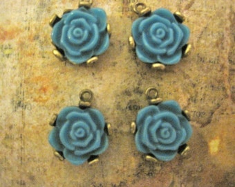 4  BLUE ROSE PENDANTS