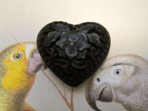 CINNABAR Black HEART PENDANT