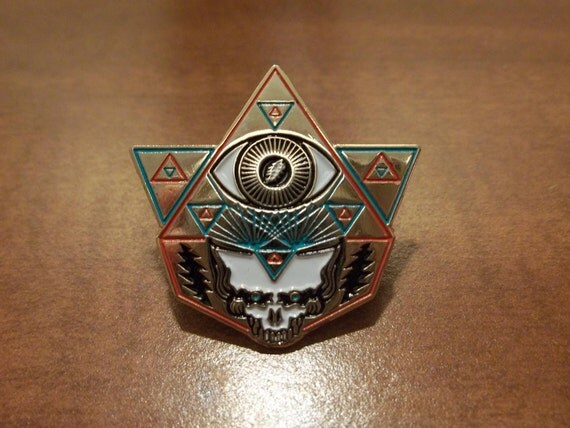 "NEW - Grateful Dead - ""Eyes of The World"" pin - GOLD"