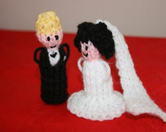 Bride And Groom Finger Puppets Favors Hand Knitted