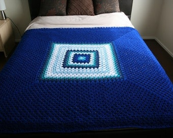 Modern Double Bed Size Crochet Blanket Afghan In Blue Measures 152cm square