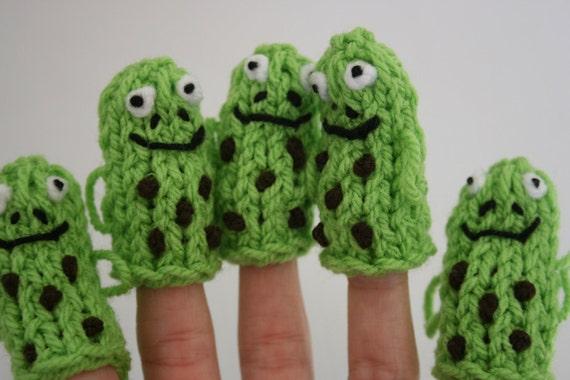Five Speckled Frogs Finger Puppets. School Teacher Resource.