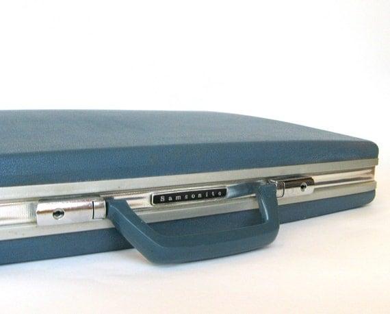 Mid-Century Blue Samsonite Briefcase, Mint Mad Men Hard Shell Spy Attache Laptop Case 1960s