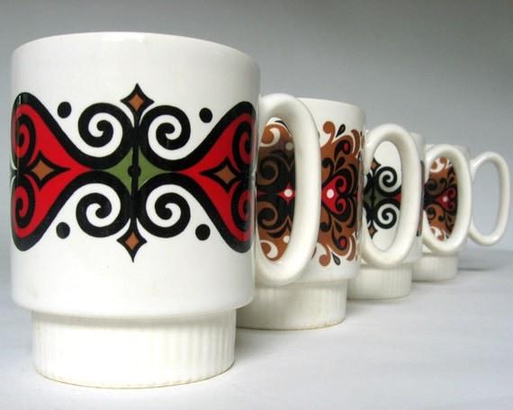 Vintage 1960s Pfaltzgraff Mugs -Set of 4 in Green, Gold, Red Swirls
