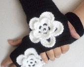 Crochet Gloves, Women's Gloves, Mittens, Floral Gloves, Boho, Fingerless Gloves, For her gift, Arm Warmers, Black and White, Christmas Gifts