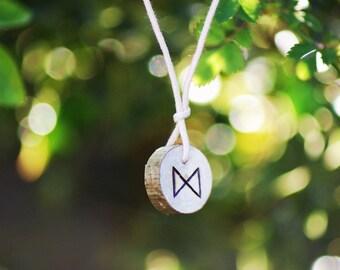 Birth Rune Pendant 'Dagaz' 14th June to 29th June.