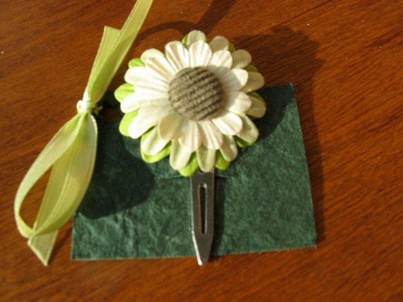 Lime-Light Green-White Flower Hair Clip