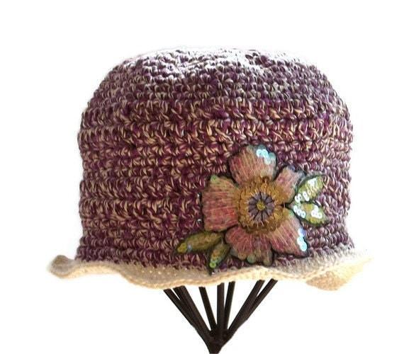 Hat  -  Crochet  Cloche  -  Purple  Cream  -  Flower Appliqué  -  Pima Cotton