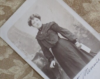 "Meet ""Aunt Minnie"" - Edwardian Photo Postcard RPPC"