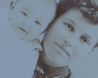 Antique Cabinet Card Photo -  Charming Victorian Mother and Baby