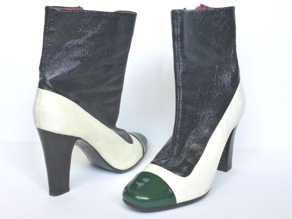 Sz 7.5 Patent Leather Mod 60s Styling Sam Edelman Short Boots Vintage Zip Up Black White Green Boots // CaliforniaSeabreeze Shop on Etsy