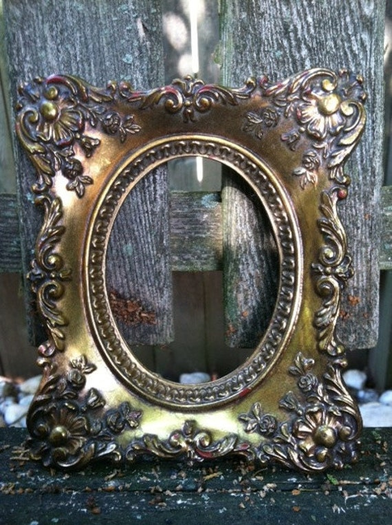 Small Vintage Frame / Wedding / Cottage Chic Home Decor