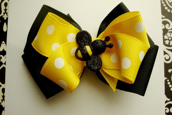 Bee-autiful black and yellow hairbow
