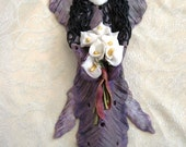 Wall Ornament, Singing Angel with Calla Lilies Bouquet, Ceramic-like