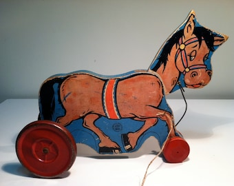 Vintage 1940's Wood Horse Pull Toy.