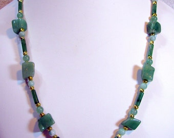 Semi-Precious New Jade Beaded Necklace - Item 384