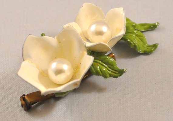 Vintage Enamel Brooch White Flower Lily of the Valley MOD
