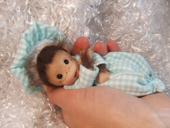 Tutorial On Sculpting Baby Monkeys. PLUS Mini Ooak Polymer Clay Baby Doll Disposable Diaper Instructions